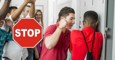Violenta in școala STOP