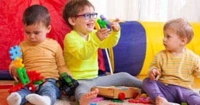 Cum dezvoltam comportamentele sociale ale copiilor